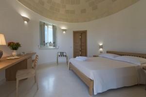 Tenuta-Monticelli-04b-Camera-Trullo-con-giardino 4337
