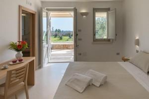 Tenuta-Monticelli-19-Camera-Superior-con-giardino 4378-HDR